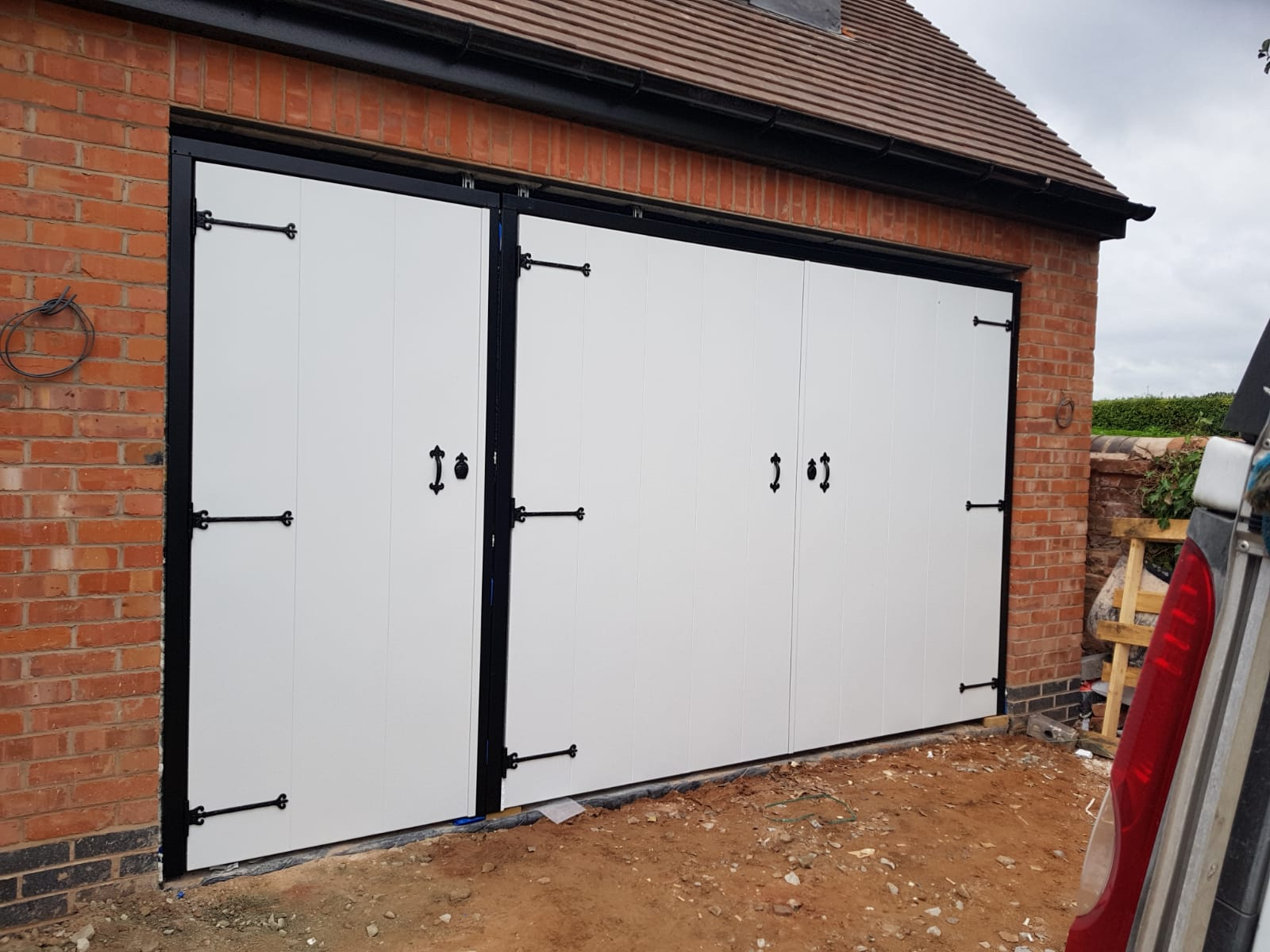 How To Pick The Right Garage Door Style For Your House