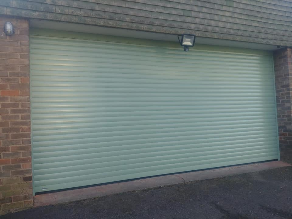Automatic Roller Garage Door Feb 19